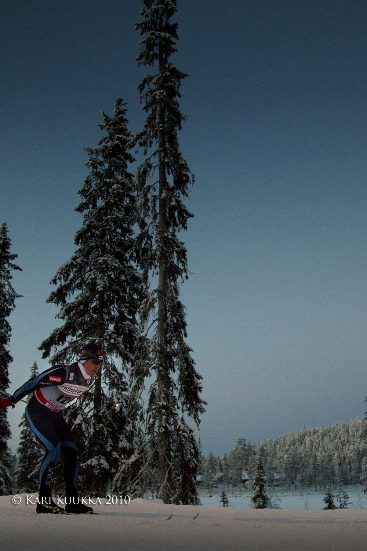 Image: Sami Jauhojärvi skiing